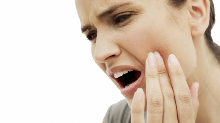 Diş ağrısına ne iyi gelir? Diş ağrısı için evde yapılacak çözümler