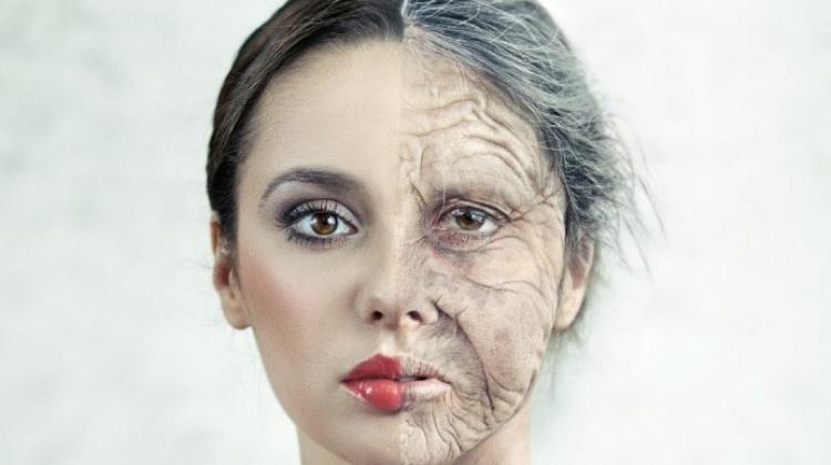 Yaşlanmayı yavaşlatan formül bulundu!