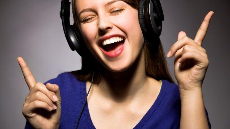 Müziğin modası: Dev kulaklıklar