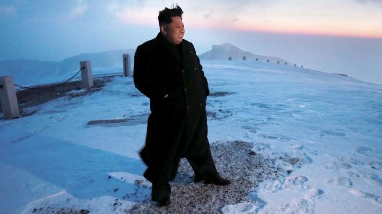 Kim'in füze karargahı bebekleri 'vurdu'!