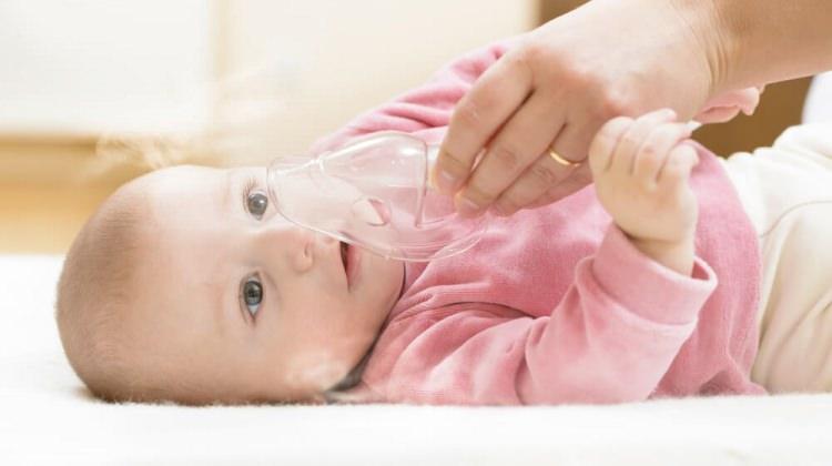 Bebeklerde hırıltı neden olur? Ne yapılmalı?