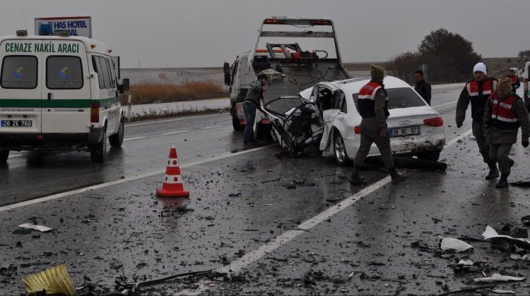 Eskişehir'de korkunç kaza: Ölü ve yaralılar var!