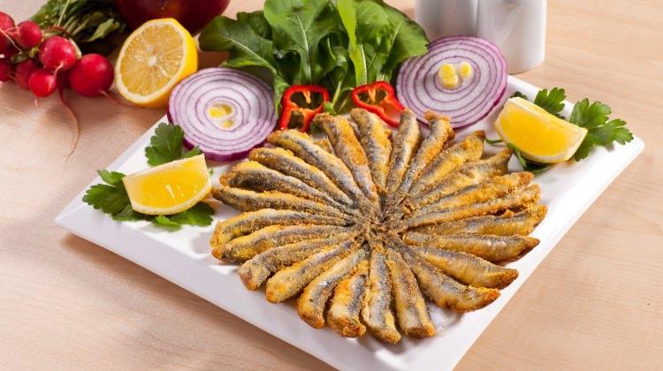 Hamsi tavada nasıl kızartılır: En iyi Hamsi pişirme yöntemleri & püf noktaları!