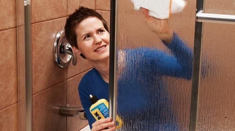 Sabun lekesi nasıl çıkar?