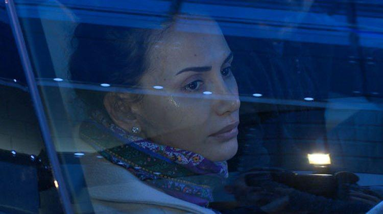 Emina Sandal'ı ağlatan mesaj