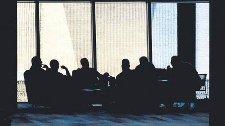 gizli toplantı ile ilgili görsel sonucu