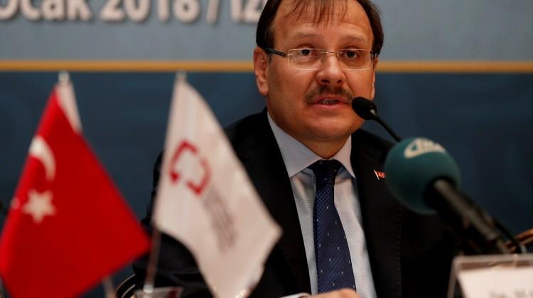 Başbakan Yardımcısı Çavuşoğlu İzmir'de
