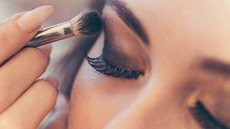 Göz kamaştıran makyaj önerileri