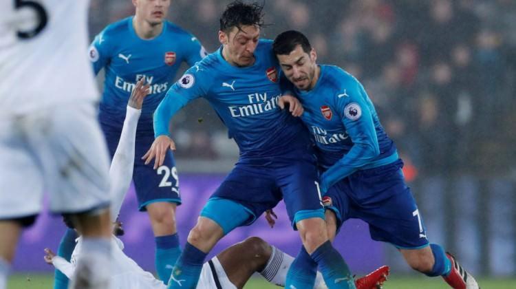 Carvalhal'in takımı Arsenal'i dağıttı