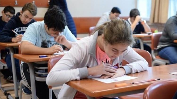 Liseye geçiş sınavı zor olacak!