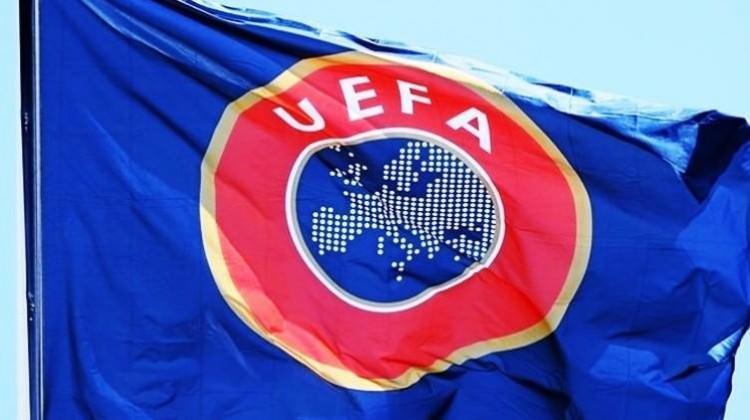 UEFA'dan Yunan ekibine men cezası