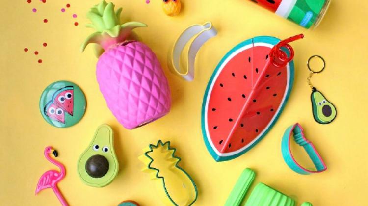 Çocuklar için eğlenceli okul materyalleri