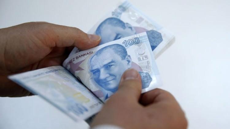 Emekliler için yeni talep! 224 lira zam gelebilir
