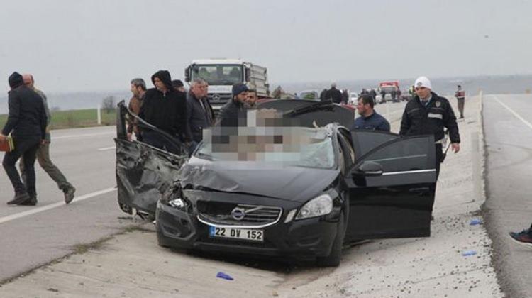 Kırklareli'nde feci kaza: 3 ölü, 3 yaralı