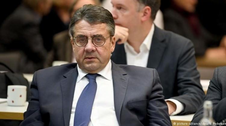 Gabriel: Almanya'yı yönetmek zorlaşacak