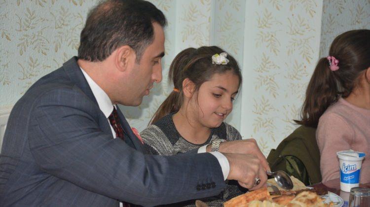 Kaymakam Alibeyoğlu, öğrencileri ağırladı