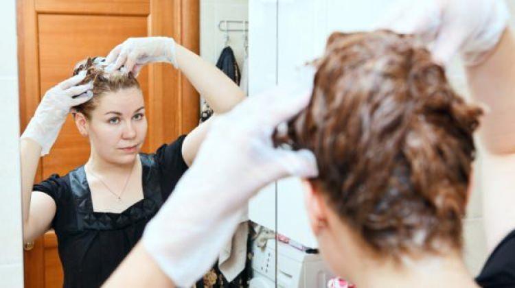 Evde saç boyası nasıl yapılır?