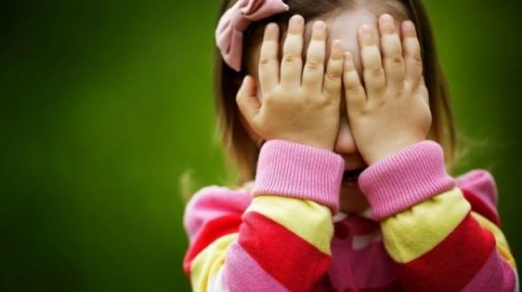 Utangaç çocuklara nasıl davranılmalı?