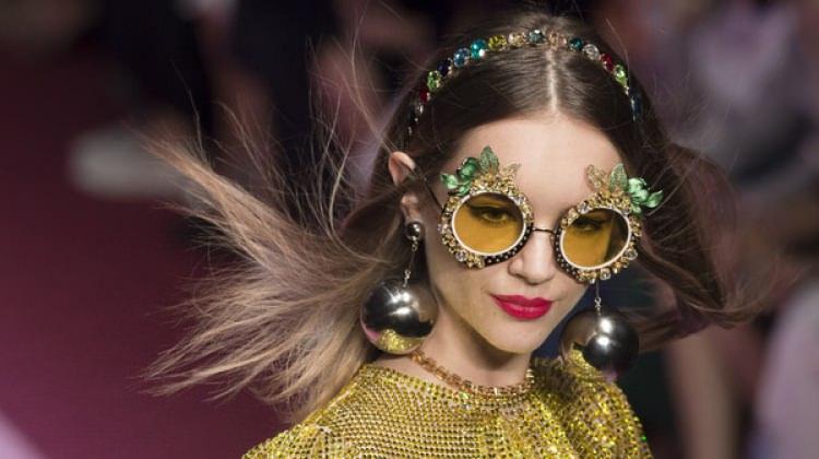 2018'in en şık retro gözlük modelleri