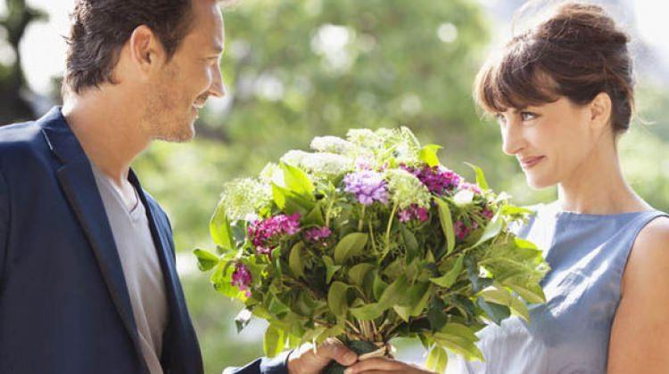 Kadınlara neden çiçek alınmalı?