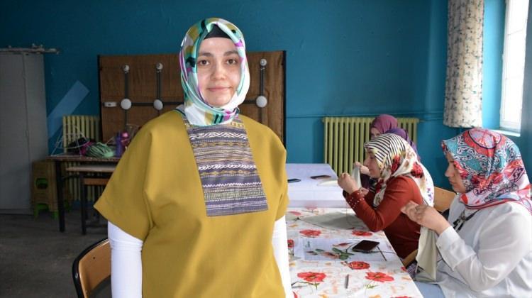 """Ağrılı kadınlar """"göz nuru""""nu Mehmetçik'e akıtıyor"""