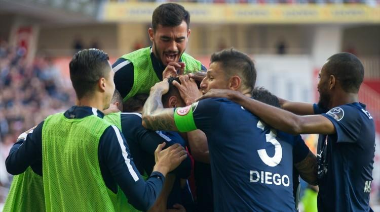 Antalyaspor derin nefes aldı! Kritik 3 puan