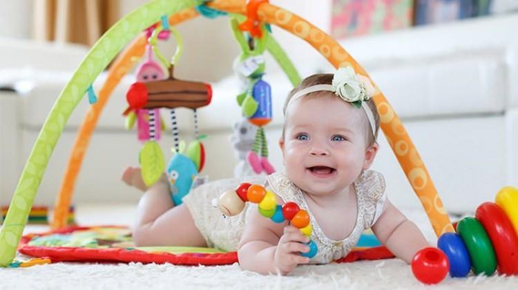 0-6 aylık bebekler için eğitici materyaller