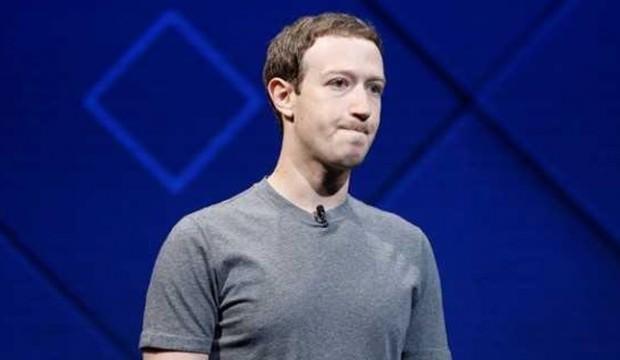 Zuckerberg Twitter kavgasında Trump'ı seçti