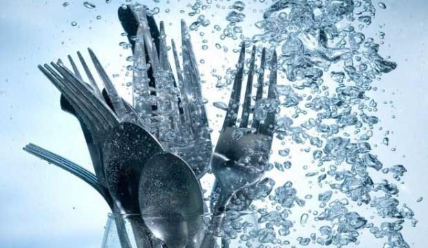 Bulaşıktaki su lekeleri nasıl çıkar?