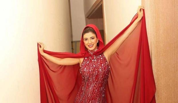 Sekiz aylık hamile Nadide Sultan düğünde bayıldı!