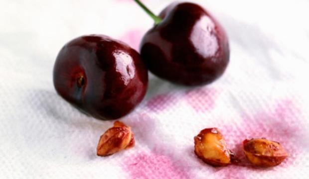 Meyve lekesi nasıl çıkar?