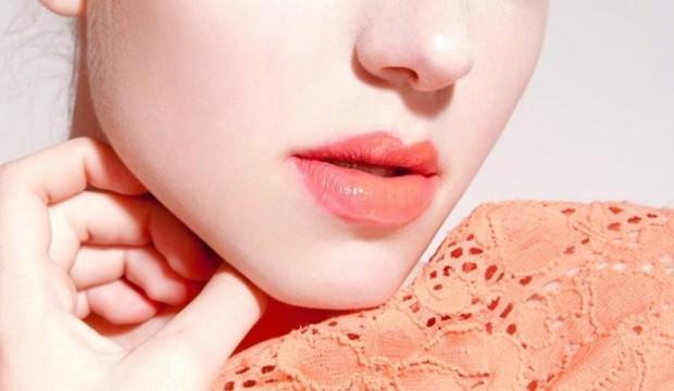 Ombre dudak makyajı nedir ve nasıl yapılır?