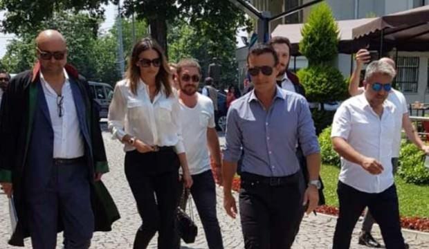 Mustafa Sandal ile Emina Jahoviç boşandı