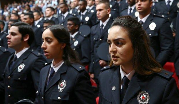 Polis Akademisi'nde yabancı öğrencilerin mezuniyet heyecanı