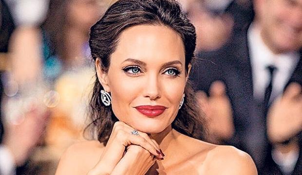 Çocukları Angelina Jolie ile gurur duyuyor