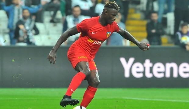 Bursaspor, Stephane Badji ile anlaştı!