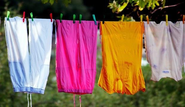 Çamaşırların renkleri nasıl korunur?