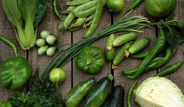 Yeşil sebzeler buzdolabında nasıl taze korunur?