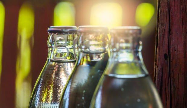 Cam su şişeleri zararlı mıdır?