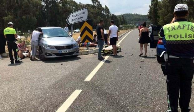 Muğla'da iki otomobil çarpıştı: 5 yaralı