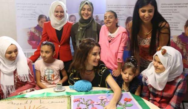 Songül Öden Suriyeli kadınlarla buluştu