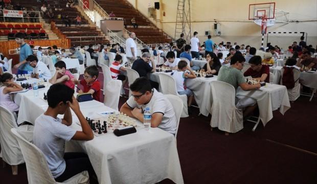 16. Uluslararası Açık Satranç Turnuvası başladı