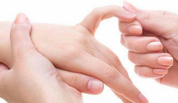 Parmak burkulması tedavisi nasıl yapılır?