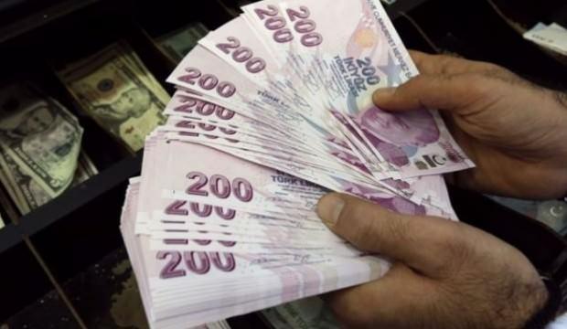 Hazine 4,4 milyar lira borçlandı