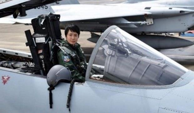İlk kadın savaş pilotu!