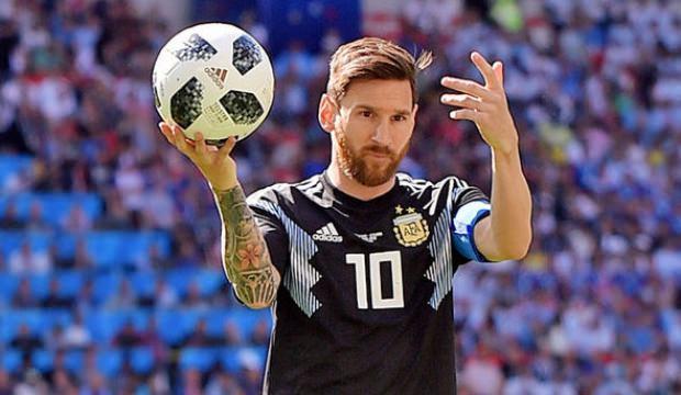 Futbolcu Messi 'Diriliş' kostümü giydi!