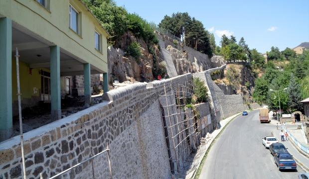 Bitlis'in tarihi eserleri gün yüzüne çıkarılıyor