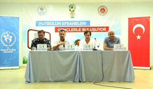 """""""Futbolun Efsaneleri Gençlerle  Buluşuyor"""" projesi"""