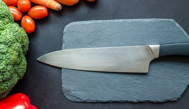 Bıçaktan pas lekesi nasıl çıkarılır?
