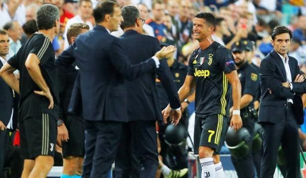 Ronaldo gözyaşlarına boğuldu! İlk kez...
